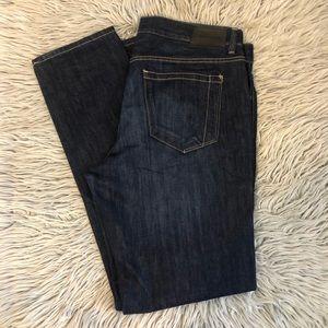 Perry Ellis dark wash jeans size 34/32
